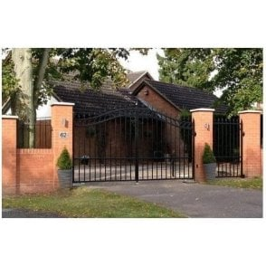 Henley Steel Gate