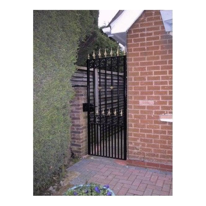 Arden Gates PEDESTRIAN GATE 1