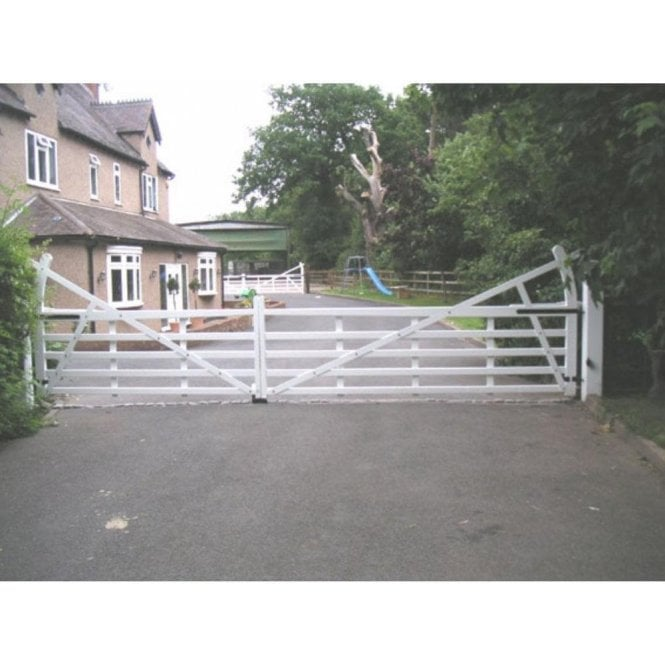 Arden Gates The Benton Aluminium 5 bar estate style gate