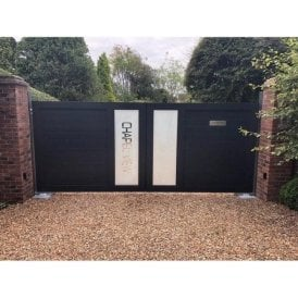 The Cheltenham personalised aluminium gate