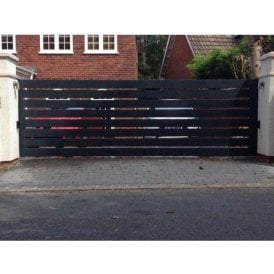 The Kenilworth Aluminium Sliding Gate