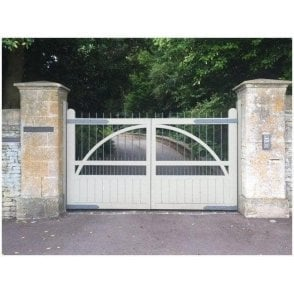 The Stafford Aluminium swing gate